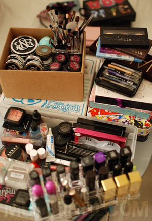 (some) makeup storage | http://bit.ly/wrHQsk