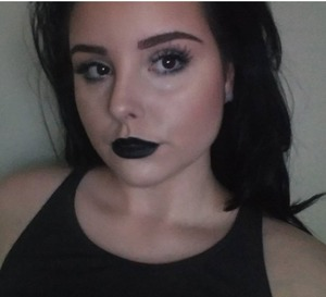 first time doing a look with black lipstick! I ended up living the finish look and felt confident wearing the black.  new instagram:sarahpatrick__