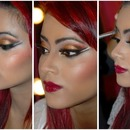 Golden Double Winged Eyeliner