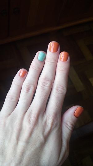 Green and orange nails..