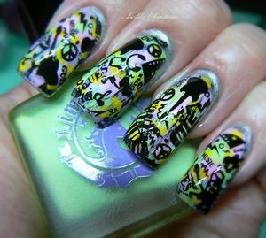 black stamping nail