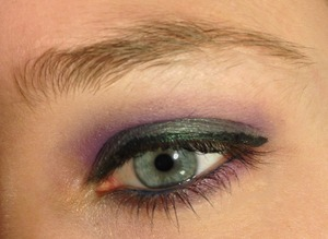 Purple cut crease with mermaid from the summer eyes collection from too faced