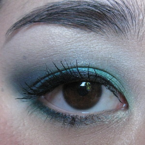 mac bloggers obsessions fotd... go to my blog for a list of products!