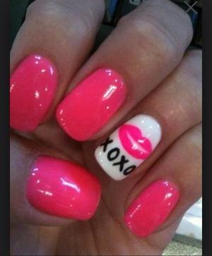 Pretty, nails, pink, lips, kisses, xoxo, manicure, mani