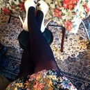 Contrast shoes and opaque tights