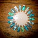 Blue and Green Nail Wheel