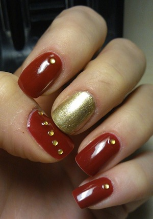 Red & Gold polish + some gold studs