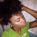 Crazy hair day but my makeup flawless