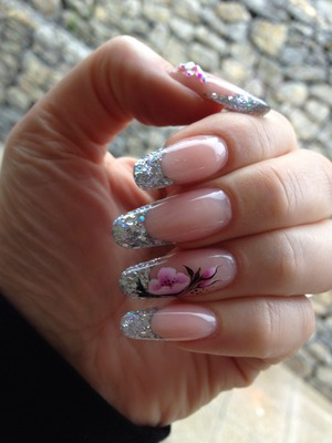 Made with hand & nails Academy products