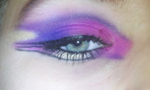 :)) I don't know why..but my eye was watering really bad...that's why there's an imperfection on my lid.