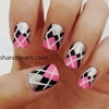 Argyle Print Nails