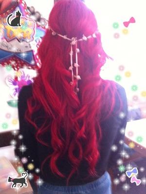 Red curls!