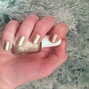 Essie Good to gold