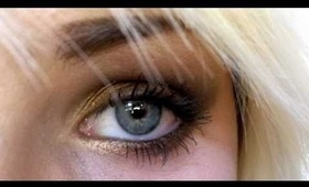 Smokey Eye For Blue Eyes Using The Urban Decay Naked Palette!