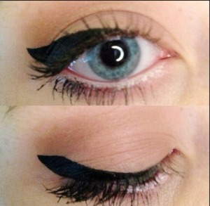 How can I do my eyeliner like this? Is it hard?