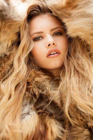 Haare & Make-up: Anke L. Reimann Styling: Nicole Dannecker Model: Katharina c/o JAVA  Foto: M. Thiel