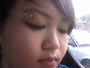 cheetah eyes!