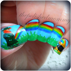 March Nail Art: St. Patty's Day. http://www.thepolishedmommy.com/2013/03/dont-taste-rainbow.html