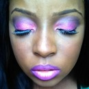 Ombre lips and matching eyes