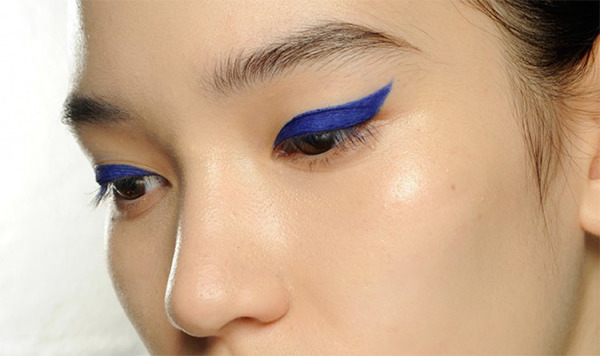 The Cat Eyes Of Paris Fashion Week And The Perfect Liner