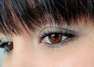 Get this look with the Studio Gear Holiday Palette and 10% off code SGHOLIDAY, REVIEW: http://www.beautybykrystal.com/2013/12/studio-gear-holiday-smokey-eye-palette.html