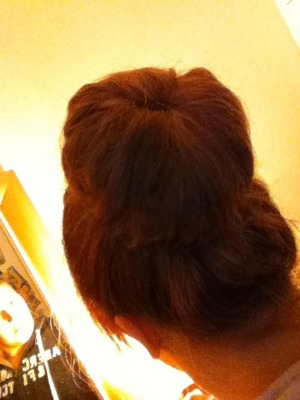 I have really thick hair so managed to get a big sock bun perfect