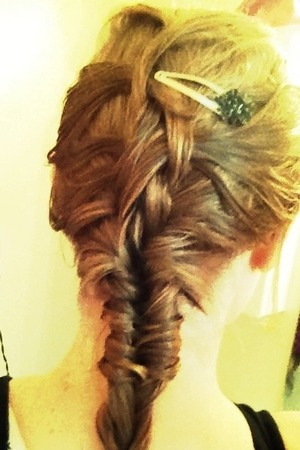 This is an inside-out french braid (which I should have made much tighter at the top) that switches into a fishtail braid at the nape if the neck.