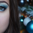 Makeup inspired our CHRISTMAS TREE