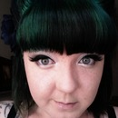 simple eyes and green hair :)
