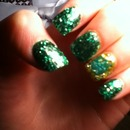 4 leaf clover nails!