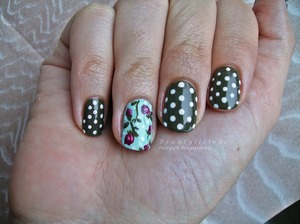 More photos here: http://roxy-ch.blogspot.ro/2013/04/polka-dots-and-vintage-roses.html