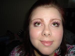 Fabulous eyelashes with my MAC Haute and Naughty Mascara. Used Naughty side. :)