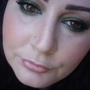 Jewel Green Smokey Eye