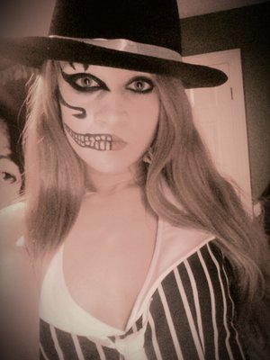 As u can tell I love the split face look for Halloween.
