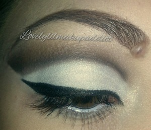 Still trying to find the right shape of cut crease that suits my eye shape :))