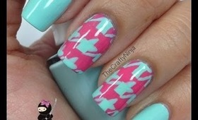 Houndstooth Print Nails by The Crafty Ninja