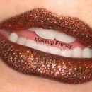 Gold Glitter Lips!