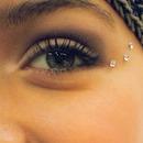 nude eyes