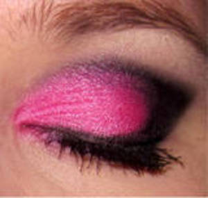 EOTD- Edgy Hot Pink Smoky Eye