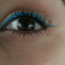turquoise and gold eyeliner :)