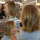 Highlights & Blonde Bob Haircut