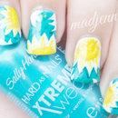 Sunny Daisies Nail Art