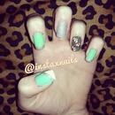 Vintage flower nails