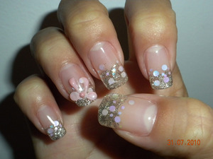 silver glitter with pink holograms and 3D art