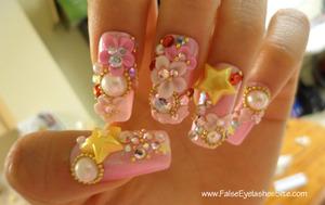 "From my ""Cherry Blossoms!"" blog post! Read here for more pictures! http://falseeyelashessite.com/blog/2012/04/20/cherry-blossoms/?preview=true&preview_id=1831&preview_nonce=0e6b4e2dc9"