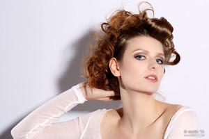 Model Gea Slot Photographer Martin Bierman ADDPHOTO Styling Ginger Karte Visagie & Hairstyling Muah Caro Line  www.2bb.nu