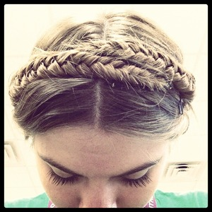 A nice twist to my Usual fishtail!(: