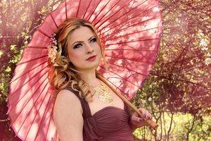 Model - Amela Dzafovic // Photo - Nadja Berberovic // Makeup - Naida Djekic