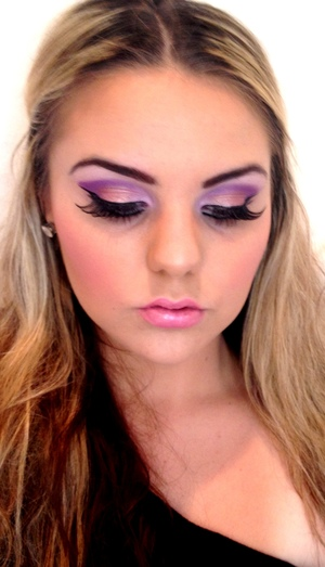 """Used MAC """"Tan"""" Pigment on the lids and it came out beautiful with the Purple :*"""