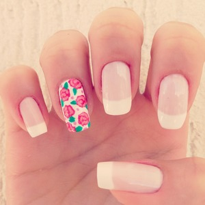 Romantic French Tip